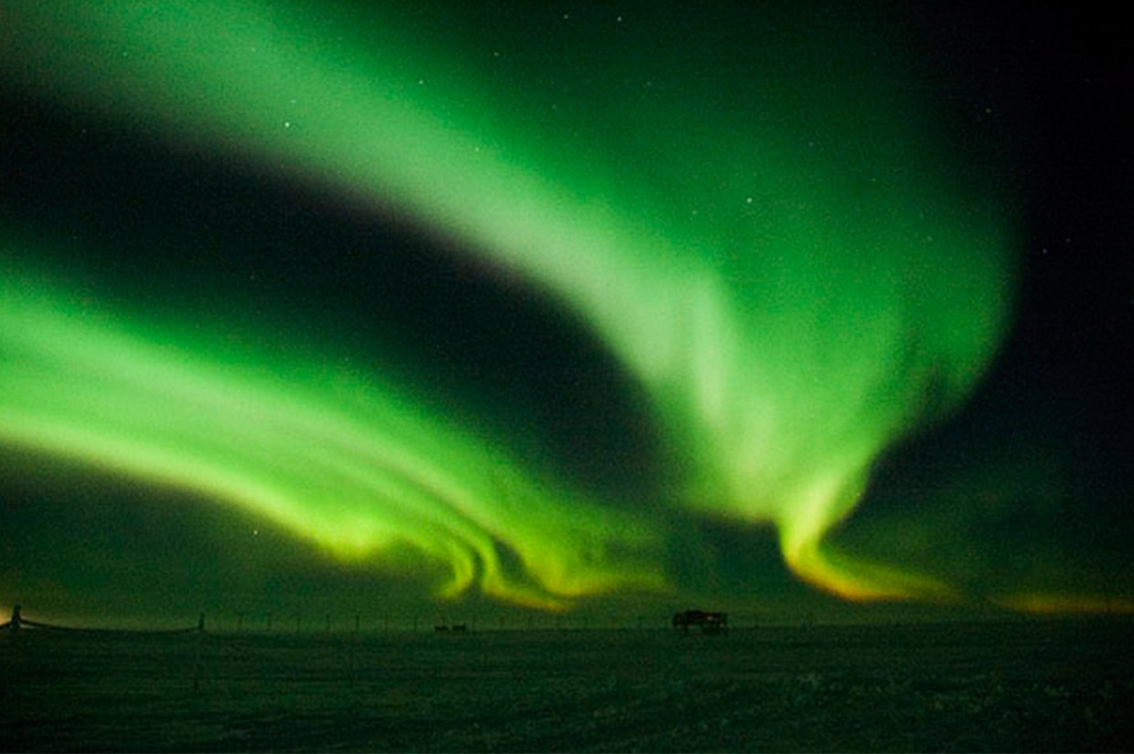 Aurora Australis at Halley Research Station