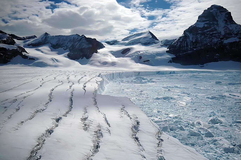 Key Physical Features Discovering Antarctica - Antarctica physical map cities