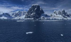 Coastline of Antarctica with mountains
