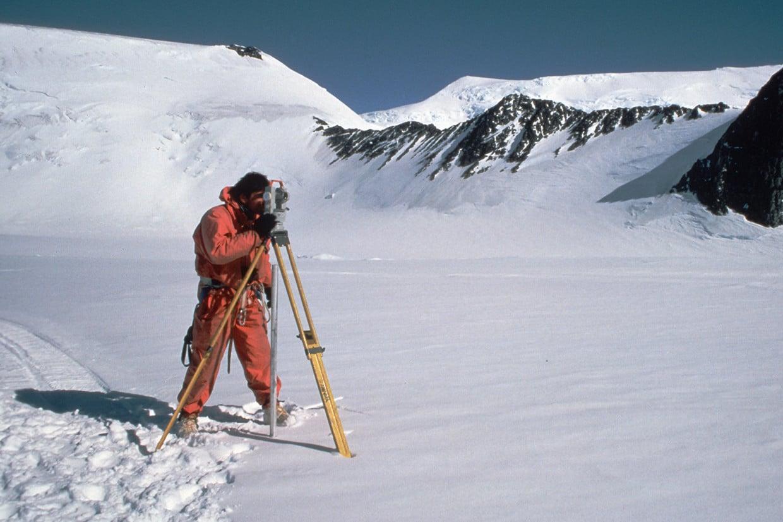 Surveying glacier movement on the Rutford Ice Stream